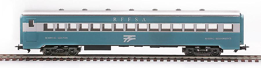 <h3><strong>2482 - Carro 2ª classe RFFSA (Belo Horizonte)</strong><br>2487 - Carro 2ª classe CVRD - EFVM</h3>